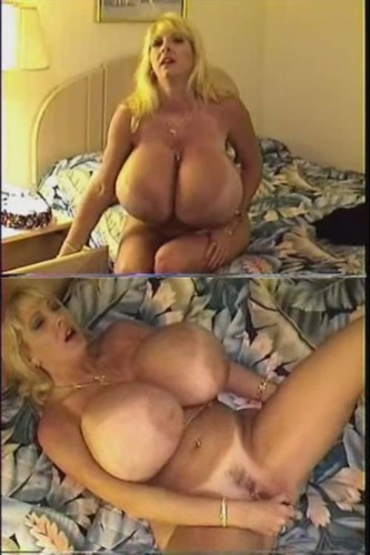 Maxi Mounds   Monstrous Tits vibrator attacking her wet pussy